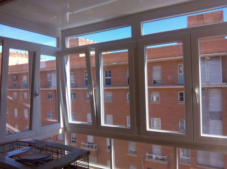 Cerramientos con ventanas varios